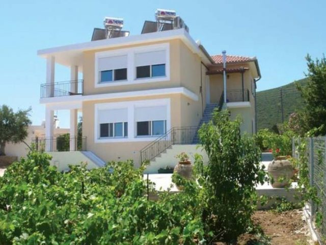 "APARTMENTS ""GARDEN VILLAS"" – KORONI MESSINIA"