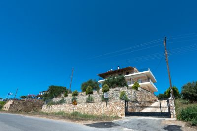 "APARTMENTS ""Antonis Rooms"" – KORONI MESSINIA"