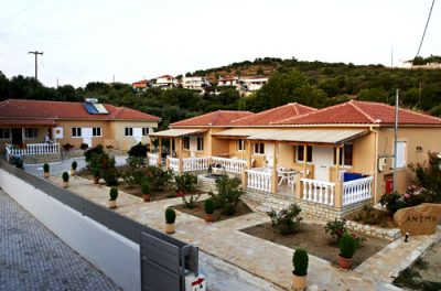 "APARTMENTS ""ANEMI"" – FOINIKOUNDA MESSINIA"