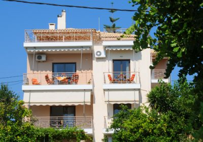 "APARTMENTS ""PETALIDI HOUSES"" – PETALIDI MESSINIA"